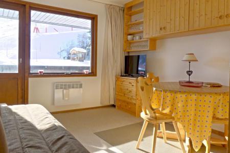 Location au ski Studio 2 personnes (025) - Résidence Roc de Tougne - Méribel-Mottaret - Appartement
