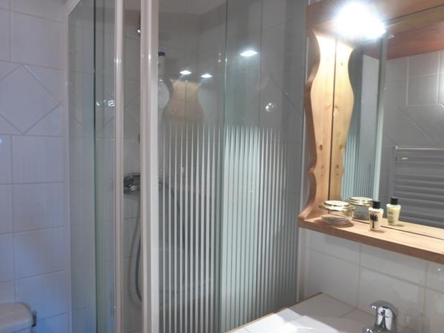 Location au ski Appartement 4 pièces 6 personnes (19 R) - Residence Bergerie Des 3 Vallees D - Méribel - Salle de bains
