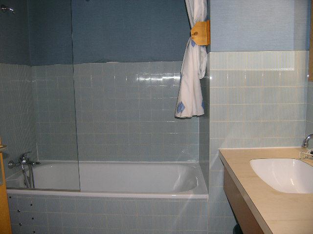Location au ski Studio 4 personnes (13) - Residence La Foret - Méribel - Salle de bains