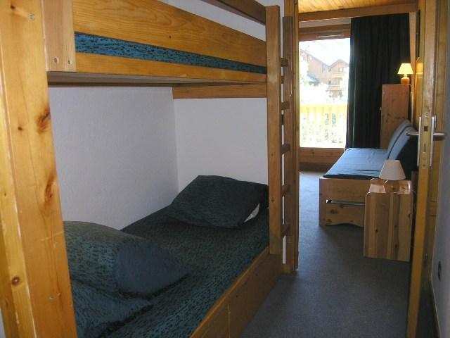 Location au ski Studio 4 personnes (21) - Residence Les Brimbelles - Méribel - Kitchenette
