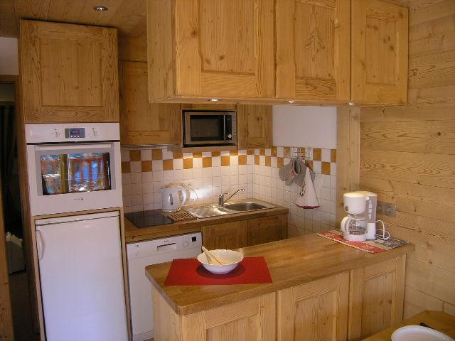 Location au ski Appartement 2 pièces 5 personnes (D16) - Residence Les Carlines - Méribel - Kitchenette