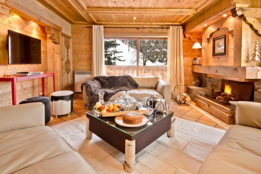 Alquiler al esquí Chalet Brioche - Méribel - Chimenea