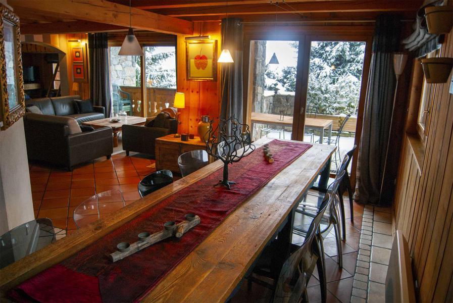 Location au ski Chalet Etienne - Méribel - Salle à manger