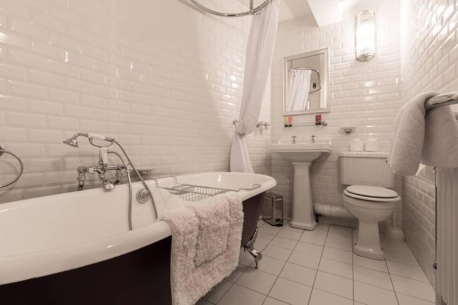 Location au ski Chalet Iona - Méribel - Salle de bains