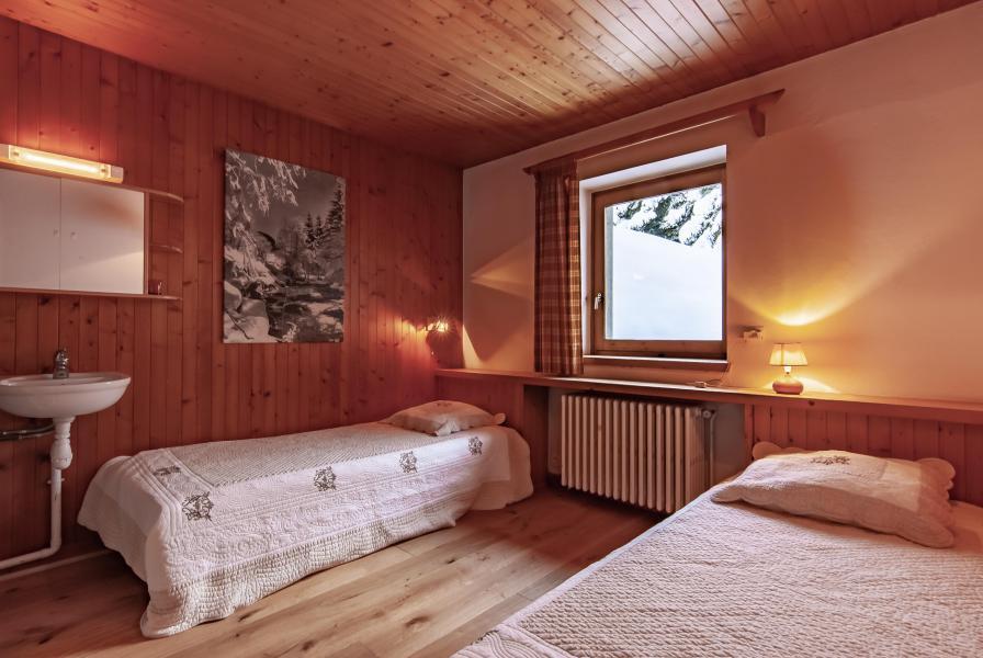 Location au ski Chalet 7 pièces 12 personnes - Chalet le Grillon - Méribel - Chambre