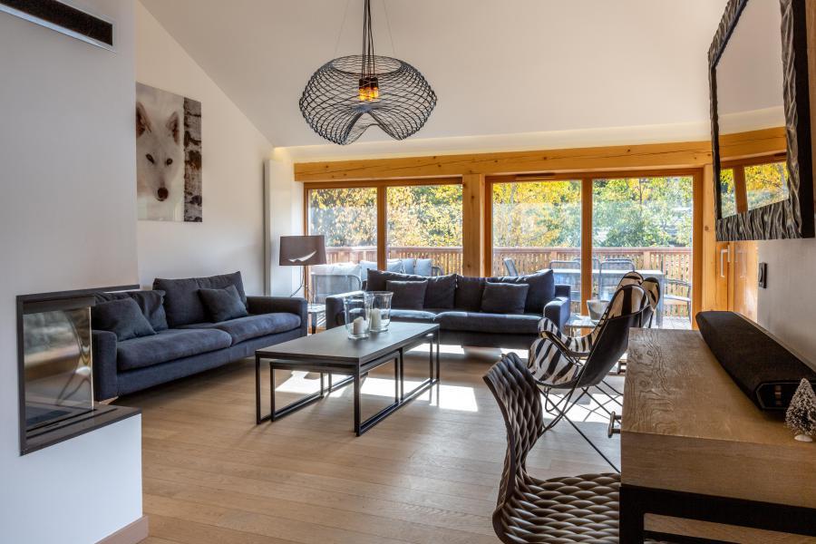 Rent in ski resort 7 room chalet 12 people - Chalet Manara - Méribel - Living room