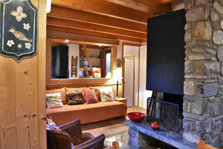 Alquiler al esquí Chalet duplex 3 piezas para 6-8 personas (tarnad) - Chalet Tara - Méribel - Chimenea