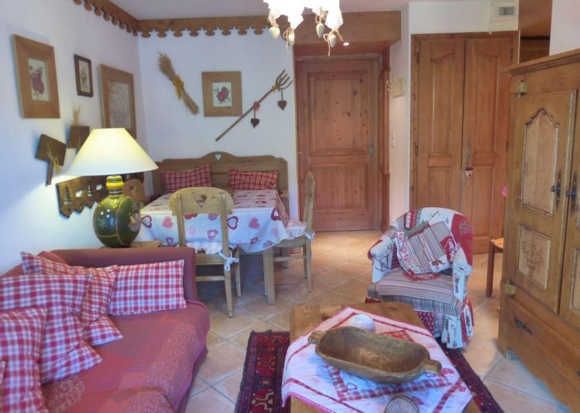 Ski verhuur Appartement 3 kamers 4 personen - Résidence Bergerie des 3 Vallées F - Méribel - Woonkamer
