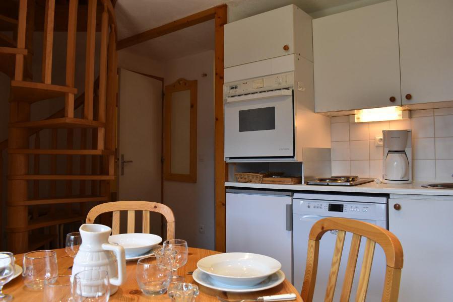 Alquiler al esquí Apartamento 3 piezas para 6 personas (11) - Résidence Hauts de Chantemouche - Méribel - Apartamento