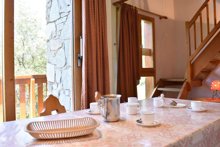 Location au ski Appartement duplex 5 pièces 8 personnes (18) - Résidence Hauts de Chantemouche - Méribel - Appartement
