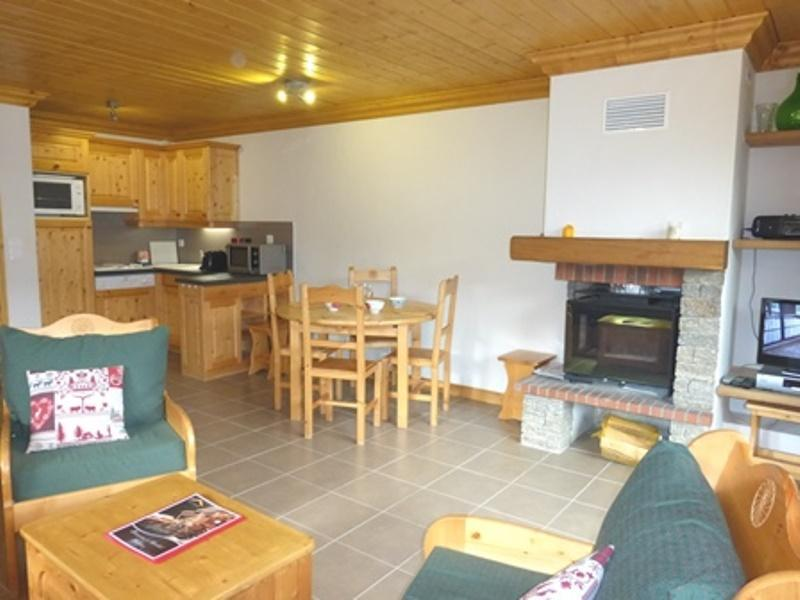 Location au ski Appartement 3 pièces 6 personnes - Residence L'aubepine - Méribel - Cheminée
