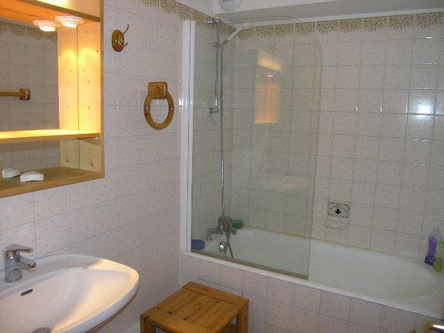 Location au ski Appartement 3 pièces 5 personnes (09) - Résidence l'Edelweiss - Méribel - Salle de bains