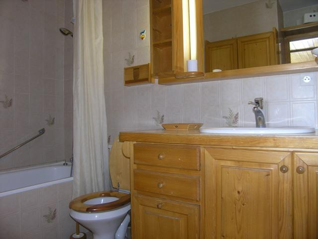 Location au ski Studio 4 personnes (19) - Résidence la Forêt - Méribel - Salle de bains