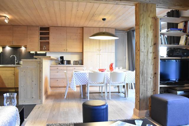 Location au ski Appartement 4 pièces 6 personnes (1) - Résidence le Chasseforêt - Méribel - Salle à manger