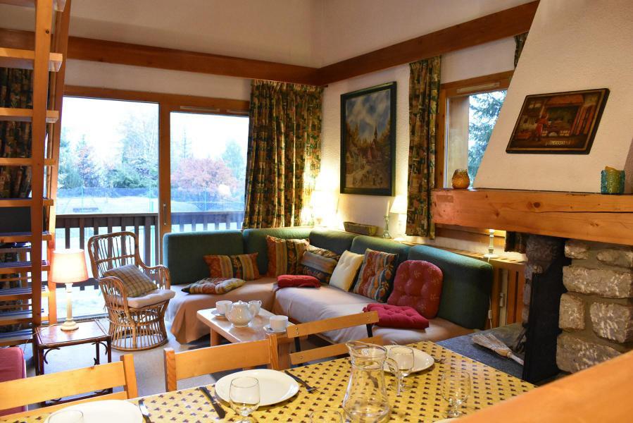 Location au ski Appartement duplex 3 pièces 6 personnes (19) - Résidence le Chasseforêt - Méribel - Séjour