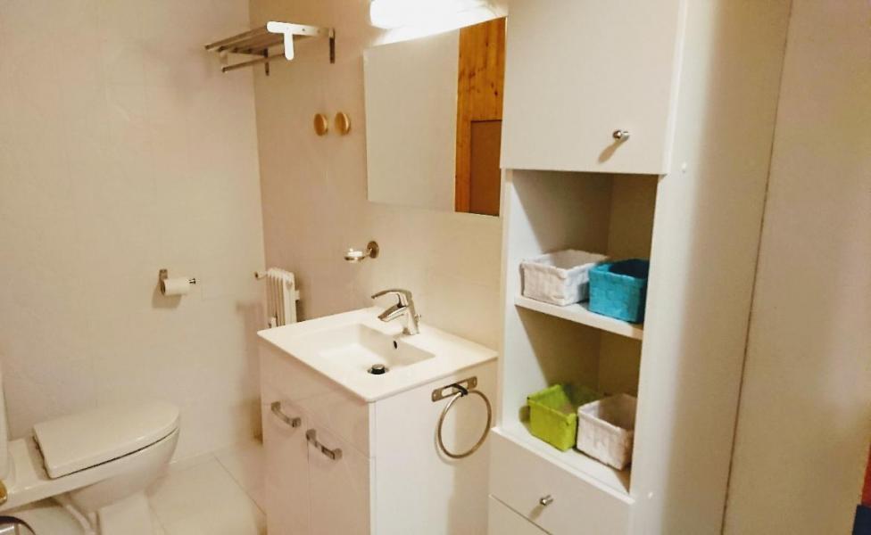 Location au ski Appartement duplex 3 pièces 6 personnes (20) - Residence Le Chasseforet - Méribel - Salle de bains