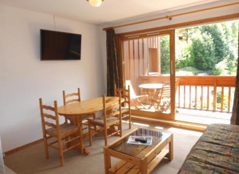 Skiverleih 2-Zimmer-Appartment für 4 Personen (44) - Résidence le Cristal - Méribel - Wohnzimmer