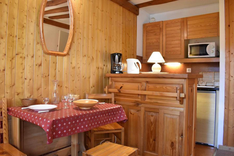 Alquiler al esquí Estudio para 2 personas (107) - Résidence le Grand-Sud - Méribel - Apartamento