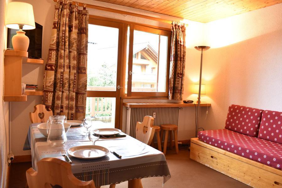 Location au ski Studio 4 personnes (015) - Résidence le Méribel - Méribel - Séjour