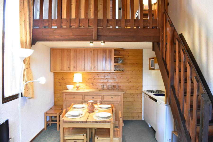 Location au ski Studio mezzanine 4 personnes (A21) - Résidence le Pétaru - Méribel