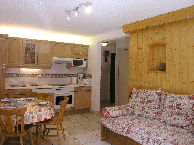 Location au ski Appartement 2 pièces 4 personnes (A1) - Residence Le Petaru - Méribel - Cuisine ouverte