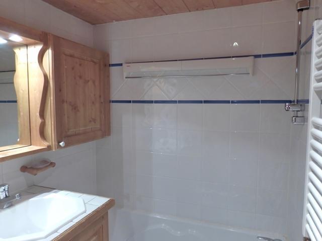 Location au ski Appartement 3 pièces 6 personnes (14) - Residence Les Fermes De Meribel Bat D1 - Méribel - Salle de bains