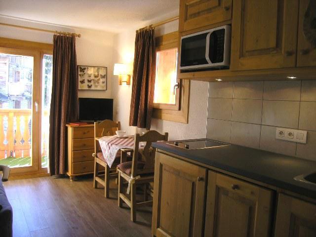 Location au ski Studio 2 personnes (C1) - Résidence les Sapineaux - Méribel