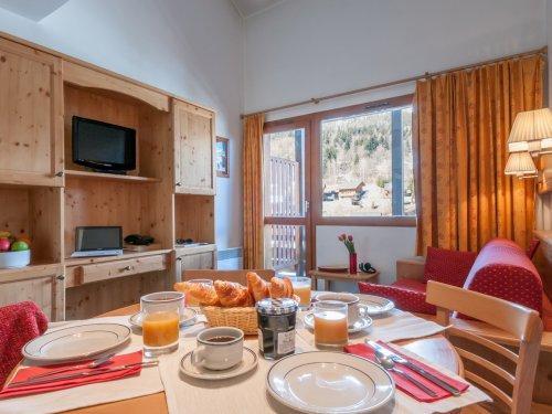 Location au ski Résidence Maeva le Peillon - Méribel - Salle à manger