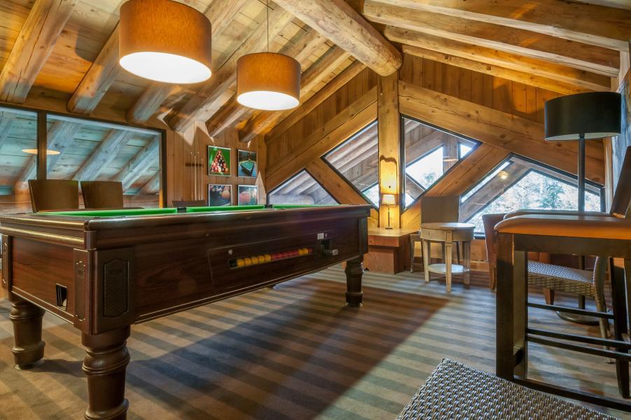 Alquiler al esquí Résidence P&V Premium les Fermes de Méribel - Méribel - Billar