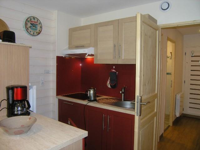 Location au ski Studio 4 personnes (5) - Residence Squaw Valley - Méribel - Coin repas