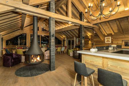 Alquiler al esquí Chalet Iona - Méribel - Chimenea