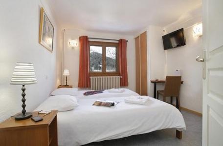 Location au ski Chambre quadruple - Hôtel Eliova le Génépi