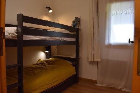 Location au ski Appartement 3 pièces 5 personnes (50) - Résidence Cristal - Méribel - Lits superposés