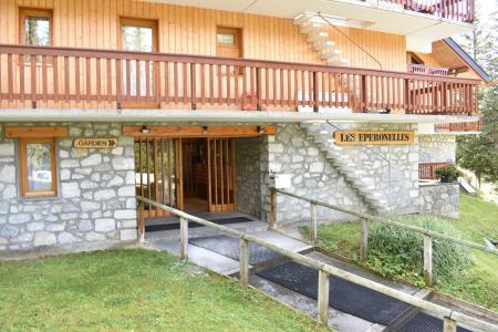 Location au ski Studio coin montagne 4 personnes - Résidence Eperonnelles - Méribel