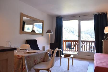 Location au ski Studio 4 personnes (031) - Résidence l'Ermitage - Méribel - Séjour