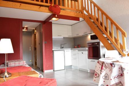 Location au ski Studio mezzanine 5 personnes (32) - Résidence les Brimbelles - Méribel