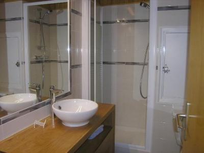 Location au ski Studio 4 personnes (21) - Résidence les Brimbelles - Méribel - Salle d'eau