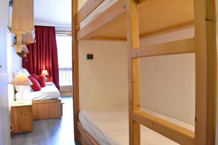 Location au ski Studio divisible 6 personnes (10) - Résidence les Brimbelles - Méribel - Appartement