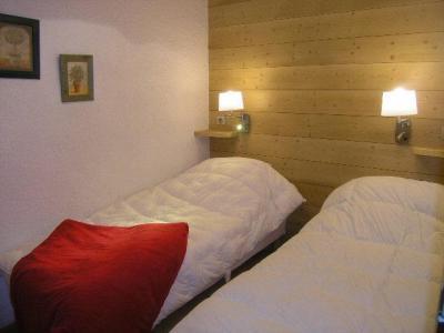 Location au ski Appartement 2 pièces 4 personnes (E7) - Residence Les Carlines - Méribel - Chambre