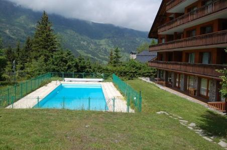 Accommodation with swmimming pool Residence Meribel