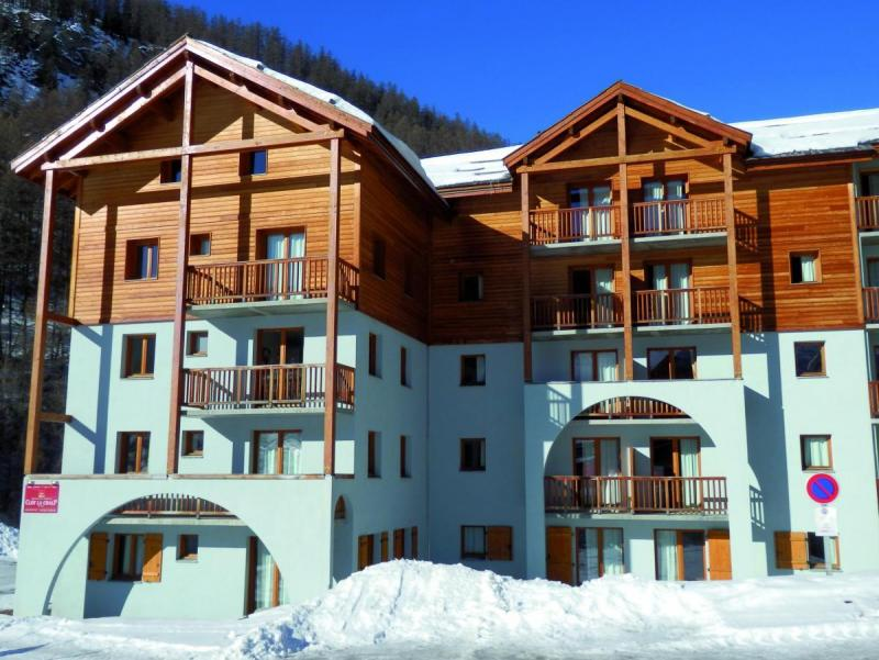 Holiday in mountain resort Résidence Adonis Molines By Olydea - Molines en Queyras - Winter outside