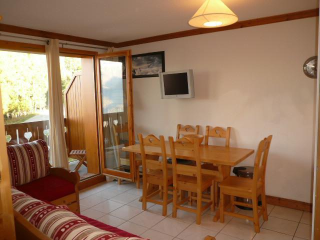 Location au ski Appartement 3 pièces 6 personnes (B21) - Les Chalets de Montalbert - Montalbert - Table