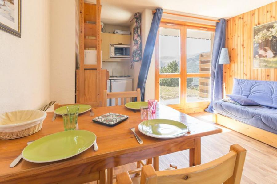 Wynajem na narty Studio kabina 4 osoby (02) - Résidence Chalets du Planay - Montalbert - Stołem