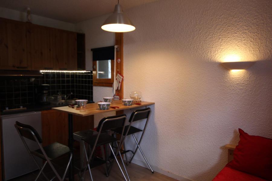 Location au ski Studio 4 personnes (002) - Résidence Choucas - Montalbert