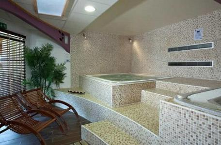 Location au ski Hotel Club Mmv Les Sittelles - Montalbert - Jacuzzi