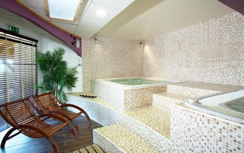 Location au ski Hôtel Club MMV les Sittelles - Montalbert - Jacuzzi