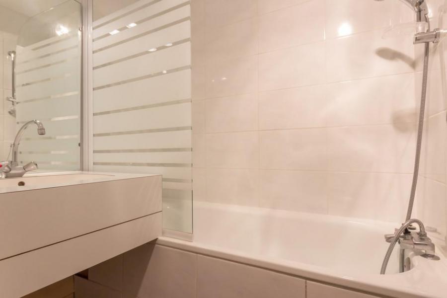 Location au ski Studio cabine 5 personnes (27) - La Résidence les Avrières Haut - Montchavin La Plagne - Salle de bains