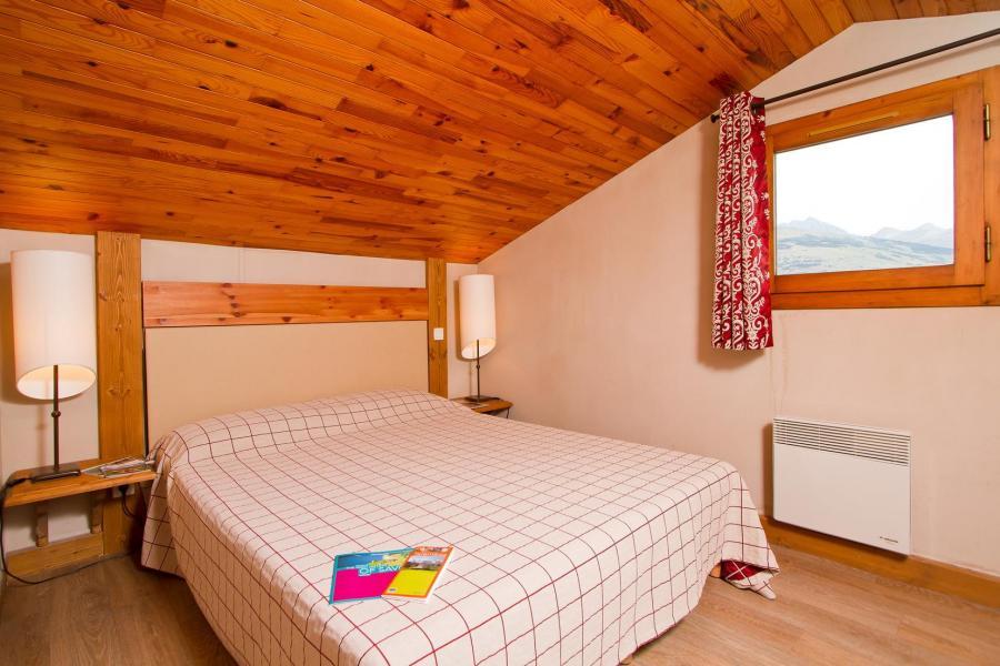 Alquiler al esquí Résidence le Chalet de Montchavin - Montchavin La Plagne - Habitación abuhardillada