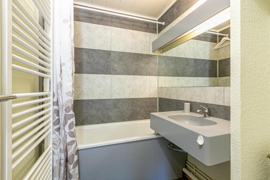 Location au ski Appartement 4 pièces 9 personnes (215) - Résidence le Dé 3 - Montchavin La Plagne - Baignoire