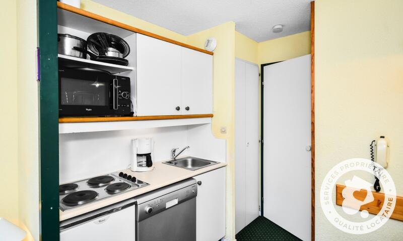 Vacances en montagne Appartement 2 pièces 5 personnes (Budget 22m²) - Résidence le Hameau du Sauget - Maeva Home - Montchavin La Plagne - Extérieur hiver